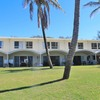 Yidney Rocks Beachfront Apartments (Fraser Island)