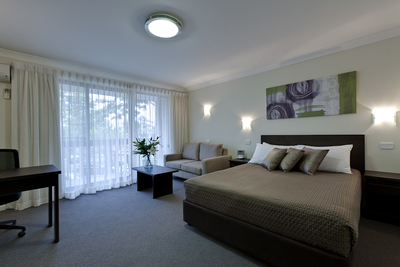 ibis styles tall trees canberra. Black Bedroom Furniture Sets. Home Design Ideas